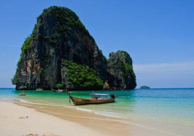 Таиланд открывается для туристов из России, но с соблюдением карантина